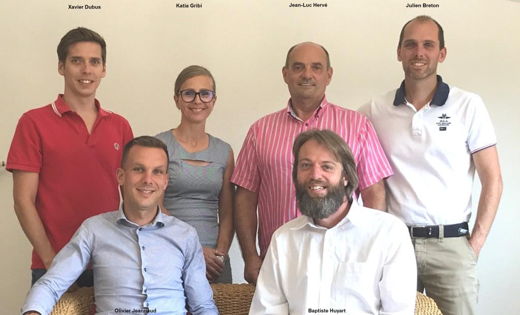 2018 photo de l'équipe retouchée avec les noms